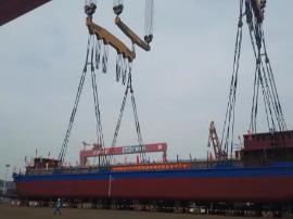 世界首艘千吨级纯电动船下水:充电2小时 续航80公里