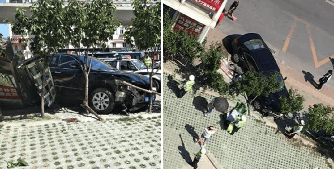 悲剧重演?轿车冲上站台女子被轧车下