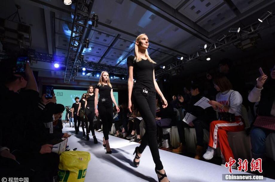 杭州举办首次百模面试会 满屏都是大长腿