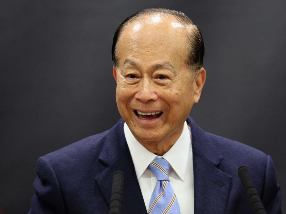 90岁李嘉诚宣布退休 南海400亿投资还将扩大规模