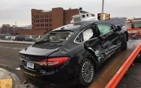 起底全球自动驾驶车祸案 激进的技术和脆弱的人类