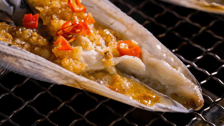 TA堪称烤海鲜界的沃尔玛,连海螺鲍鱼都不放过!