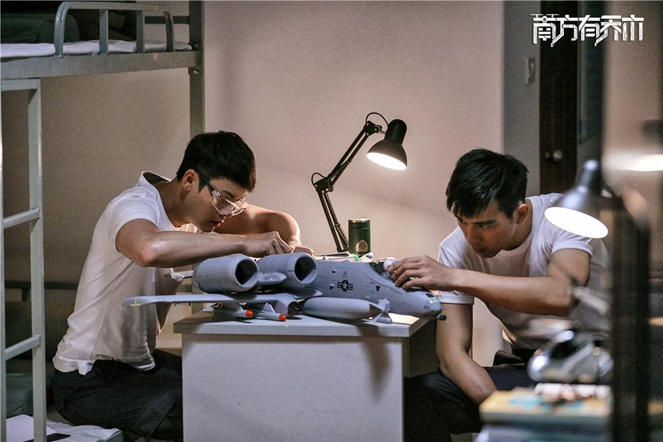 李现:为了角色 会与陈伟霆一起练肌肉