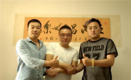 媒以及北京五洲传奇影业近日签署 用搞笑的故事,外国人的中国古装
