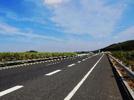 长春绕城高速公路这几处施工 净月收费站整体关闭