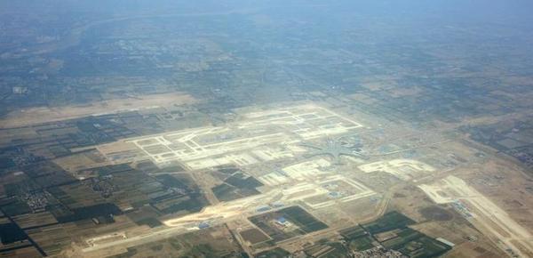 空中俯瞰北京新机场