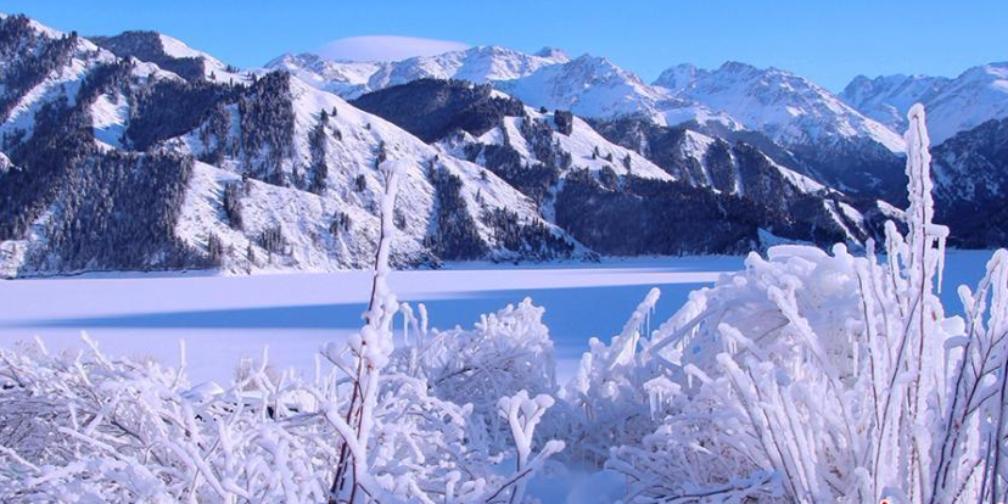 新疆天山天池 雾淞美景迷人