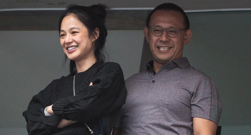 姜文携美娇妻助阵中网 挑边观赛乐在其中