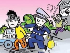 邯郸:男子手持板斧砍伤两人后做了盗贼
