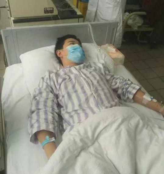 暖心!14岁少年两次移植骨髓救母 誓要带妈妈回家