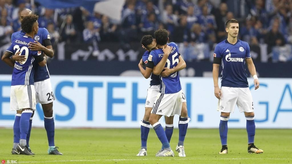 德甲综述-沙尔克2-0莱比锡 门兴德比1-0胜科隆