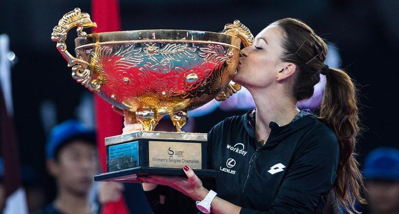 拉德完胜英国一姐 中网女单二度封后