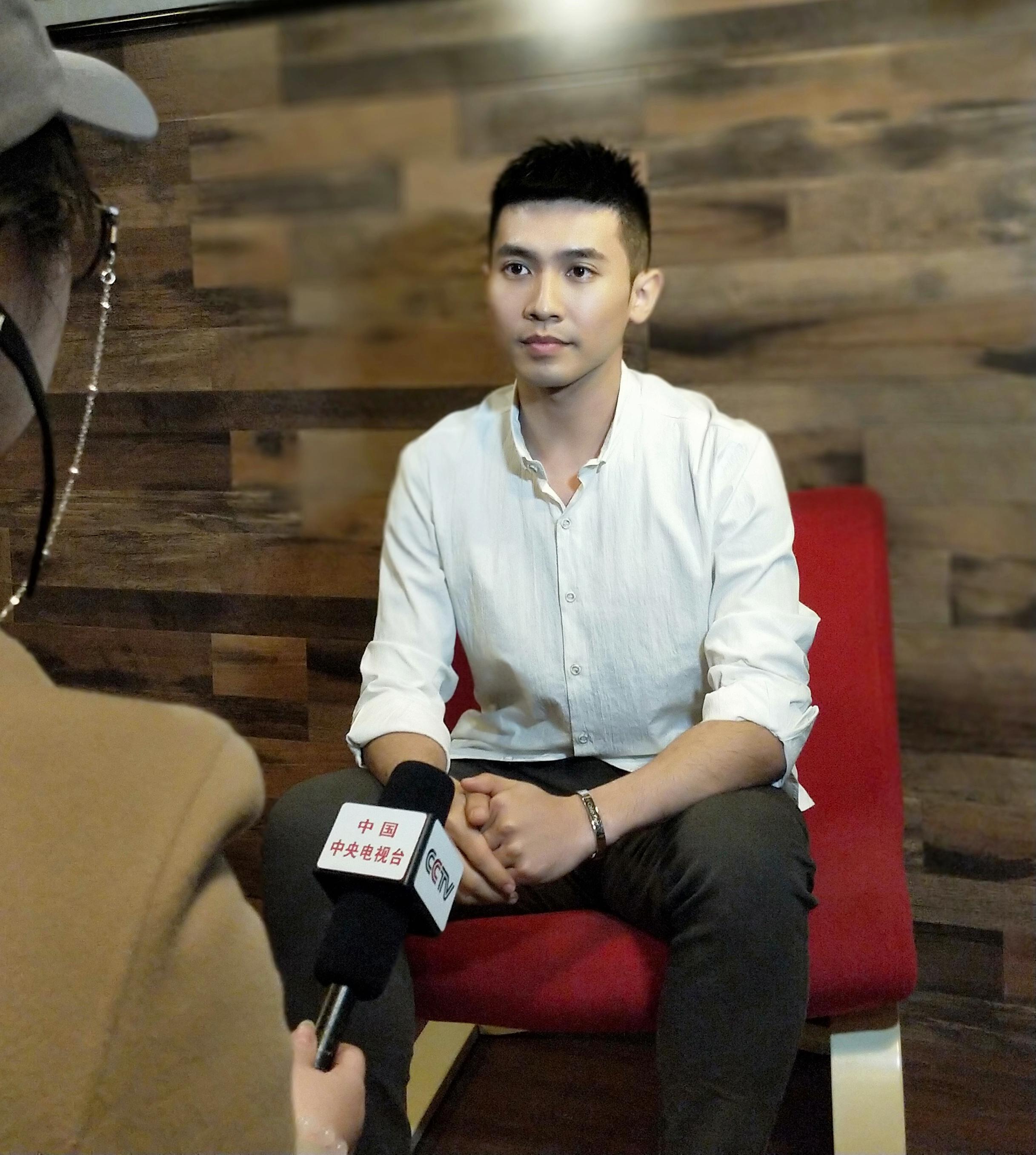 青年舞蹈家邓斌畅谈传统文化与舞蹈有效结合