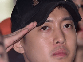 韩星金贤重将于2月退伍 结束为期2年的军营生活