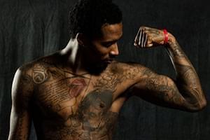 山西新赛季写真 詹宁斯半裸秀纹身