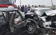 戴南某路段两车正面相撞 致一人当场死亡