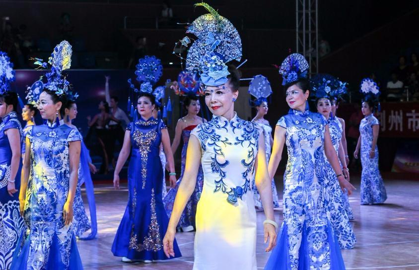亮眼!湖北省体育舞蹈公开赛(荆州站)火热进行中