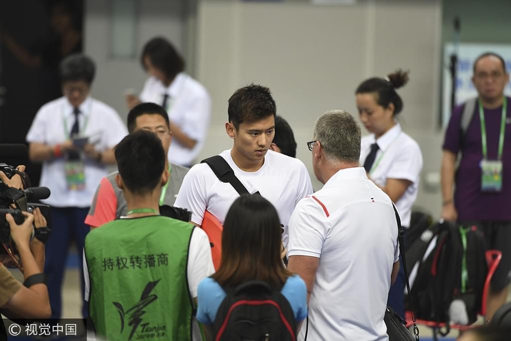宁泽涛夺冠后布朗曾红了眼眶。