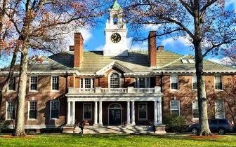 有钱优先?美国7所名牌大学录取涉黑幕遭调查