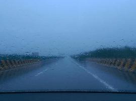 同源高速峰峪到浑源西段\广源高速全段普降小雨