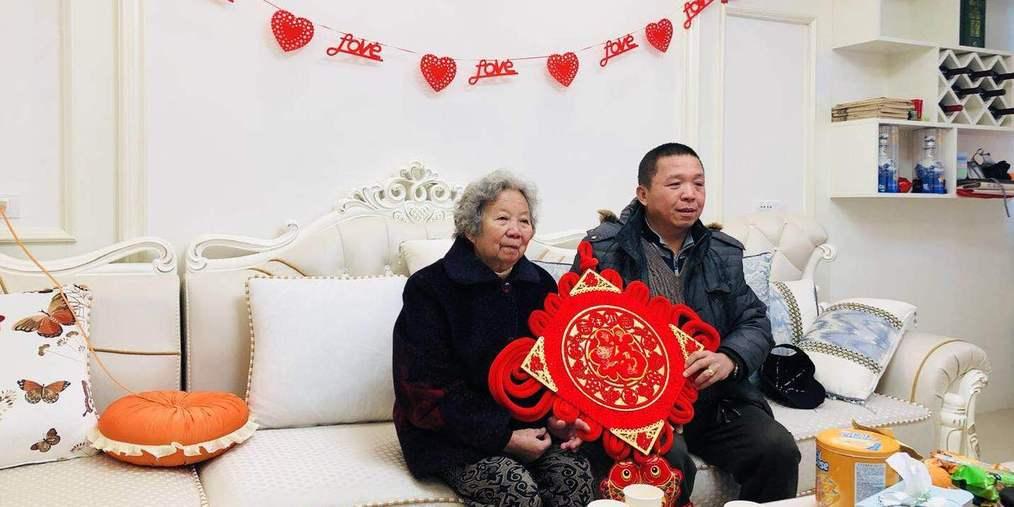 华侨农场侨民喜迁新居 入住幸福新家园