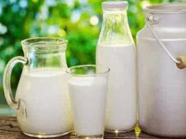 牛奶这样喝才能帮助入睡 睡眠不好少吃这些食物
