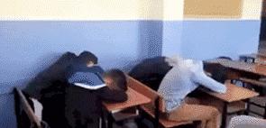 学生摔倒致伤残学校被告 校方无不当行为却要赔钱