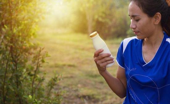 跑者的营养规则:跑前少吃纤维 莫忌讳糖