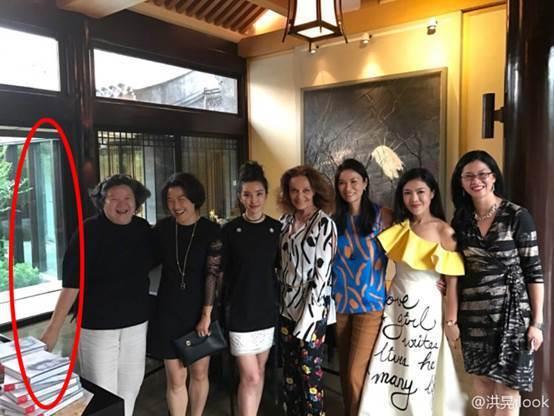 时尚女王苏芒为家人辞职 曾因不穿秋裤被讽十年