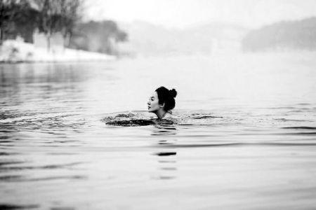 50岁全球辣妈曾横渡马六甲海峡 儿子称她女神