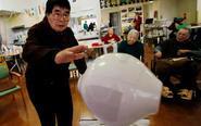 机器人承担日本养老重任