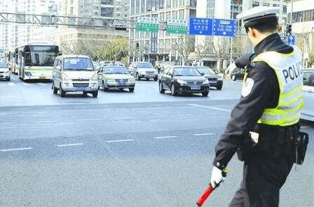 2017年荆州十大交通违法行为出炉 排第一的竟是…