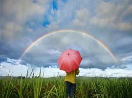 """""""画出彩虹""""——美化养老院征集公告"""