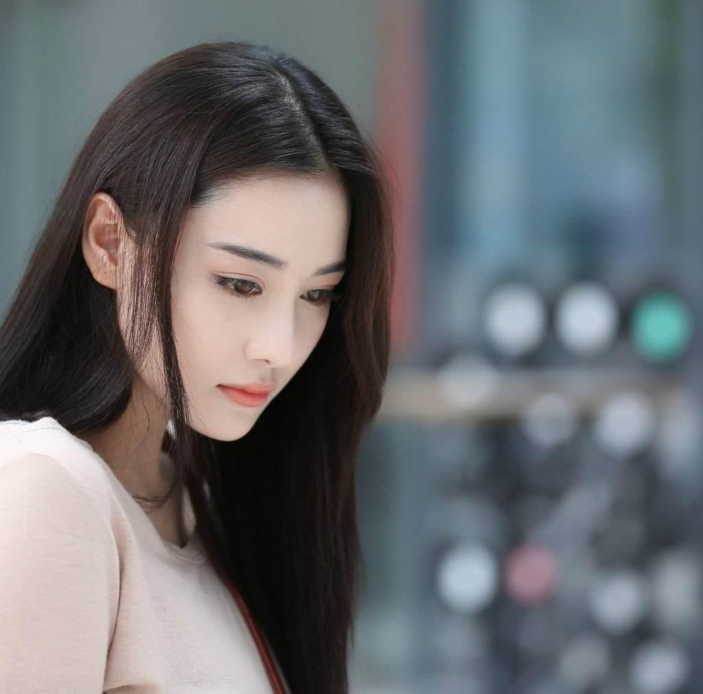 张馨予被李晨伤透心? 自爆相信爱情不相信男人