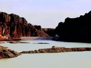 视觉丨呼图壁河溯源