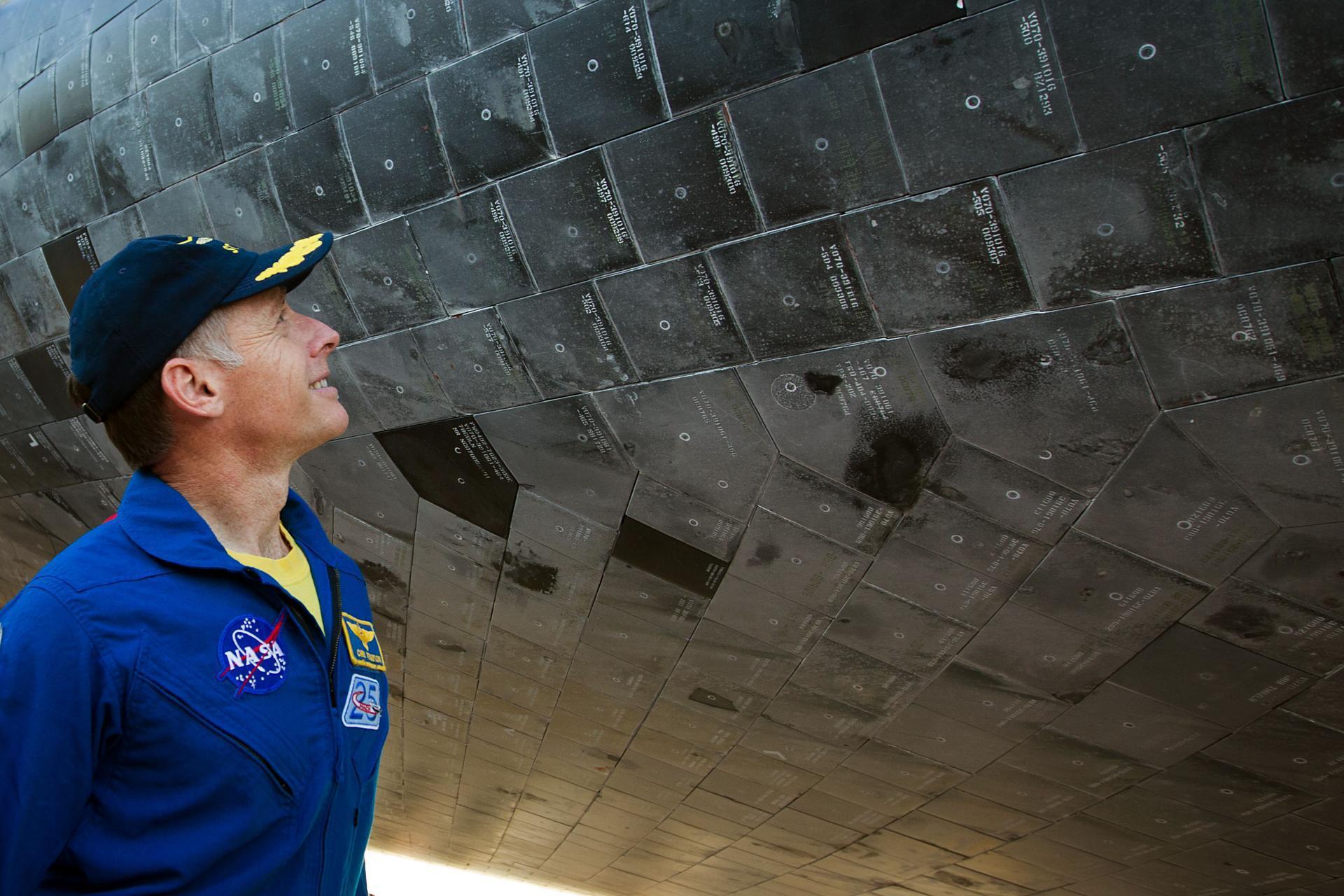 波音和SpaceX测试飞行时间表公布,谁将创造历史?