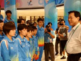 王晓东在全运村看望并勉励河北运动员