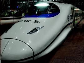 广州将迎来返程旅客最高峰 乘高铁深夜抵穗指南