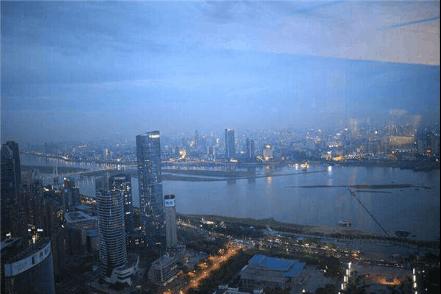城市沿江前行 生活向江而居——绿地GCC央景王