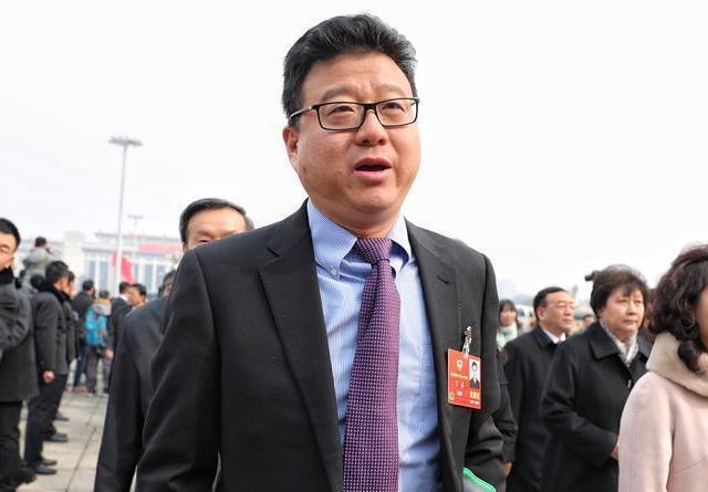 """全国政协会议开幕 众委员亮相""""星光熠熠"""""""