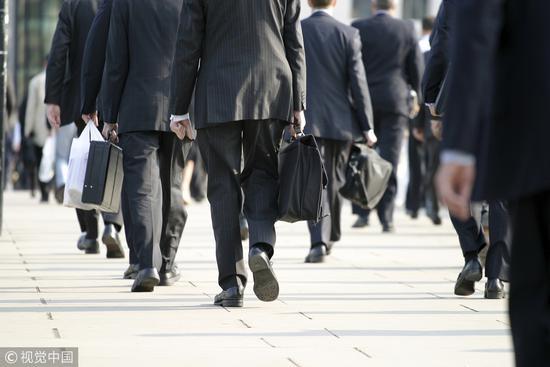 薪酬太低:多数社工专业毕业生被迫跨专业择业