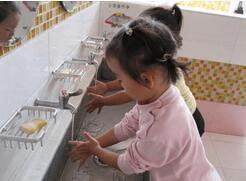 幼儿园开学了 6招让你的宝宝少生病
