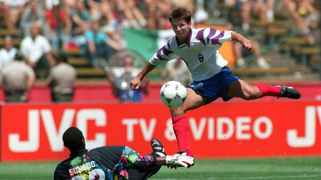 世界杯单场5球就他一个!30岁来中国混饭被赶走:倒在12分钟跑