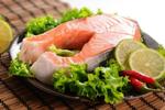医生建议:多吃油性鱼类有益心脏健康