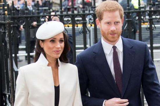 梅根父亲婚前首次见到哈里王子 将和前妻参加婚礼