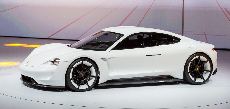 保时捷:积极研发电动车 6年内纯电车型占比近半