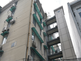 住建部:在15个城市试点推进老旧小区改造