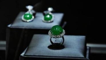 """珠宝玉石""""一折""""买? 低价背后套路深"""