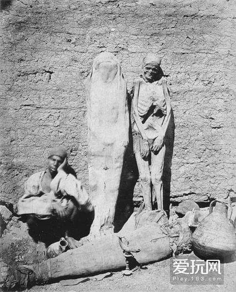 71865年,埃及,木乃伊被当街贩卖