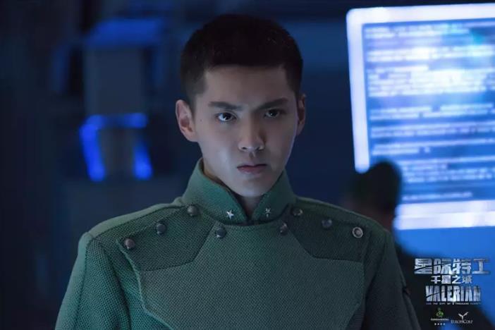 《星际特工》点映掀科幻浪潮 口碑超《超体》
